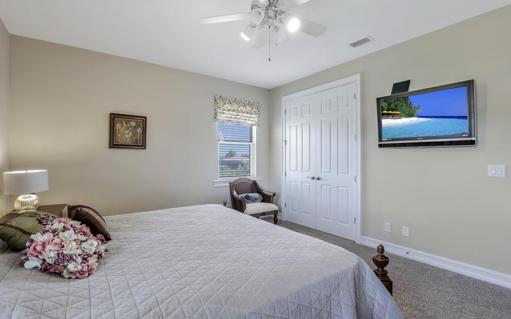 12631 Blue Banyon Ct, North Fort Myers - Home For Sale 754922347