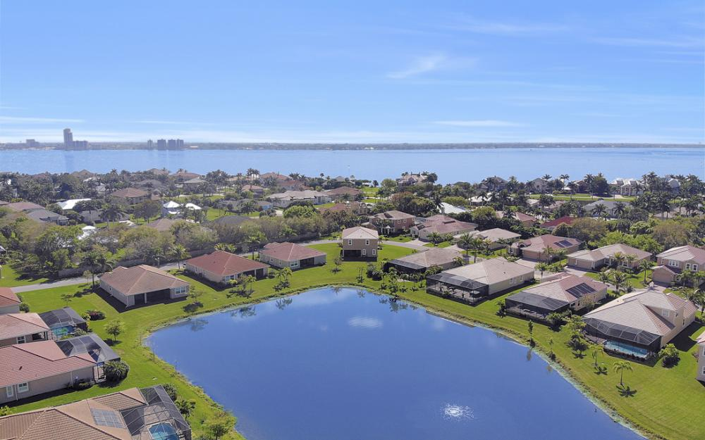 12631 Blue Banyon Ct, North Fort Myers - Home For Sale 1997415896
