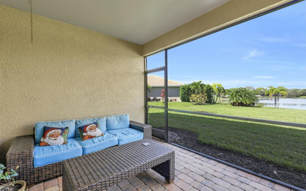 12631 Blue Banyon Ct, North Fort Myers - Home For Sale 1148497758