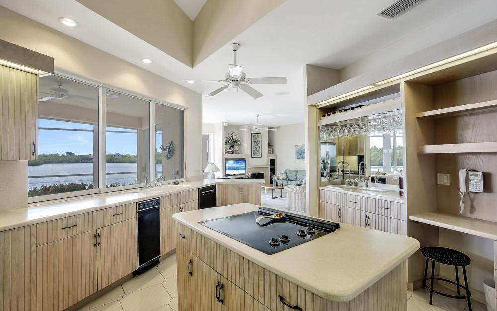 124 Stillwater Ct, Marco Island - Home For Sale 2044638964