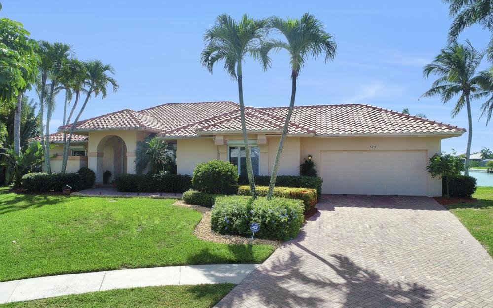 124 Stillwater Ct, Marco Island - Home For Sale 1354487177