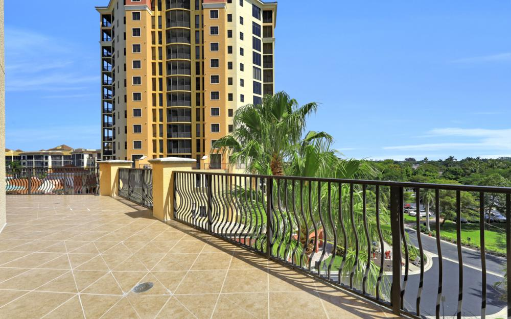 5781 Cape Harbour Dr #502, Cape Coral - Condo For Sale 1300784676
