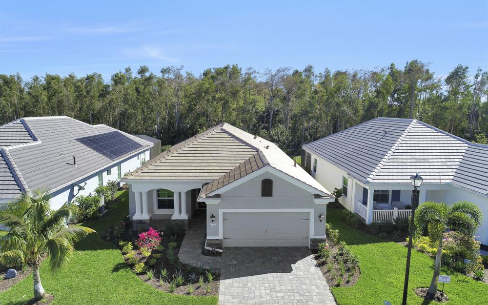 19845 Coconut Harbor Cir, Fort Myers - Home For Sale 904753409