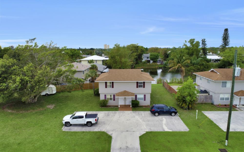 17323 Whitewater Ct, Fort Myers Beach - Home For Sale 1010130179