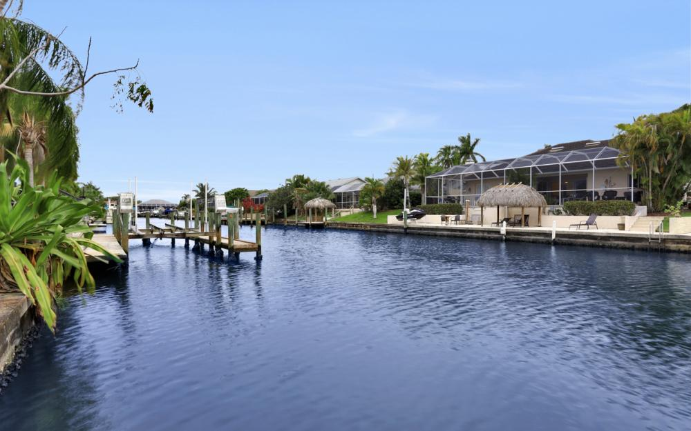 5008 Skyline Blvd Cape Coral - Home For Sale 1847690889