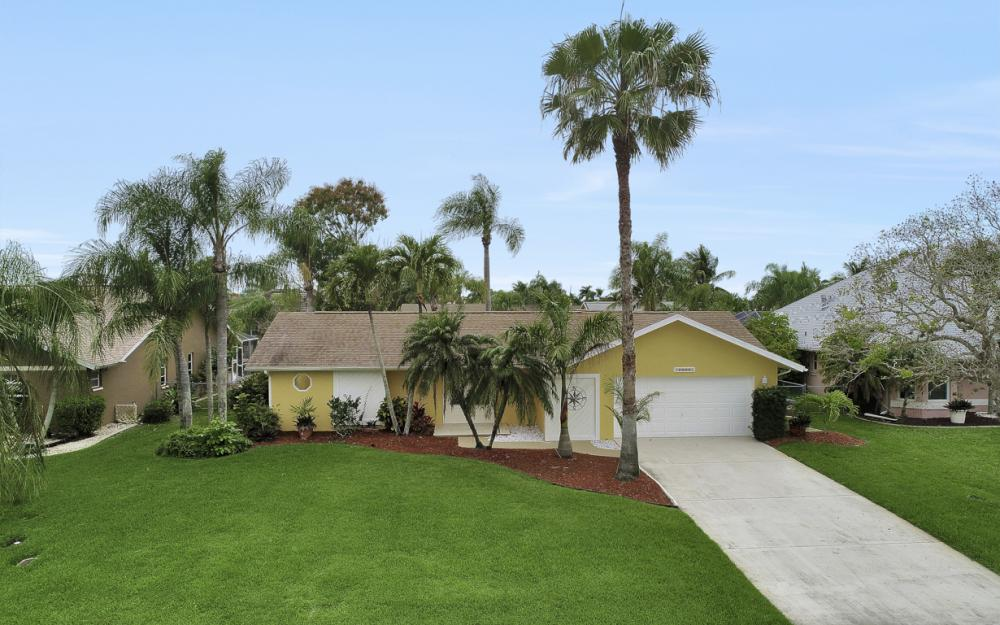 5008 Skyline Blvd Cape Coral - Home For Sale 668649573