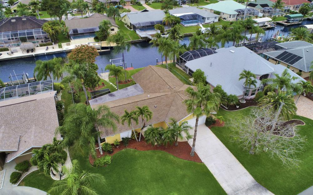 5008 Skyline Blvd Cape Coral - Home For Sale 534908588
