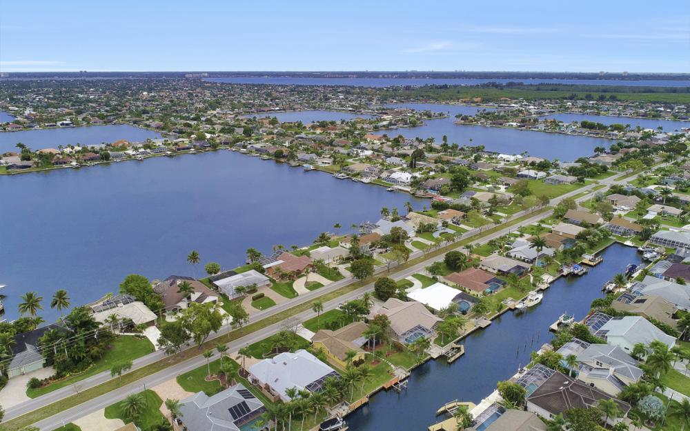5008 Skyline Blvd Cape Coral - Home For Sale 244867529