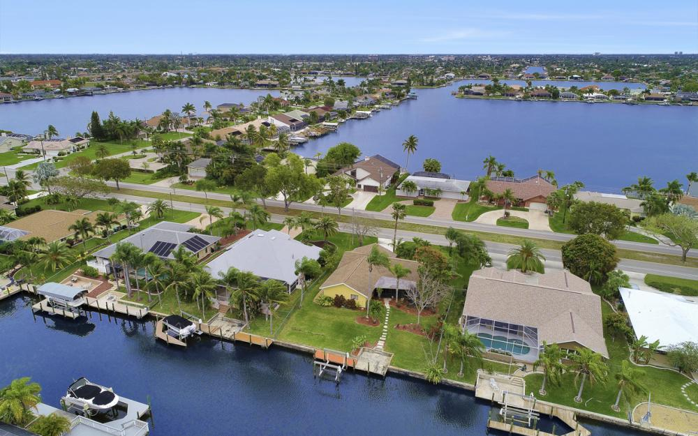 5008 Skyline Blvd Cape Coral - Home For Sale 1570794182