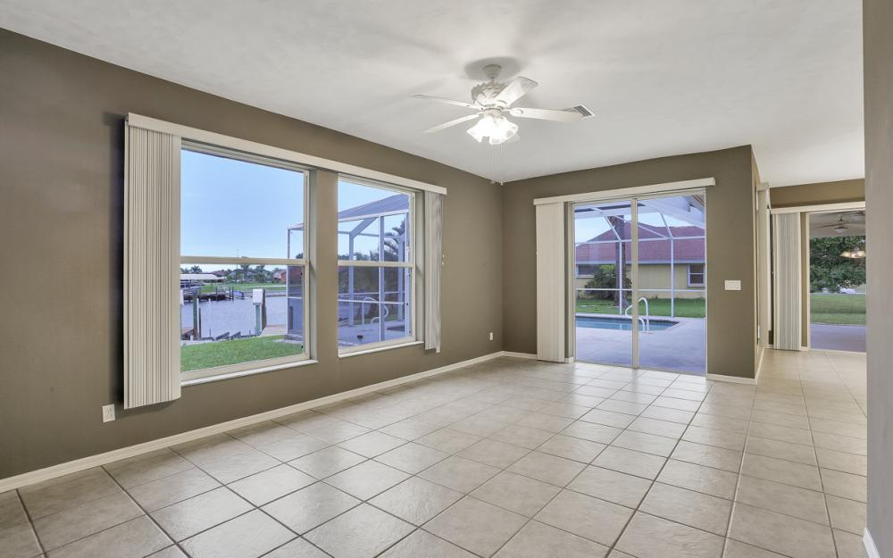 527 NW 35th Pl, Cape Coral - Home For Sale 1463555478