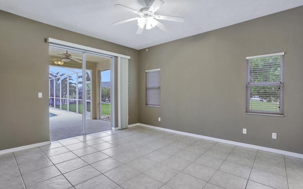 527 NW 35th Pl, Cape Coral - Home For Sale 1416032389