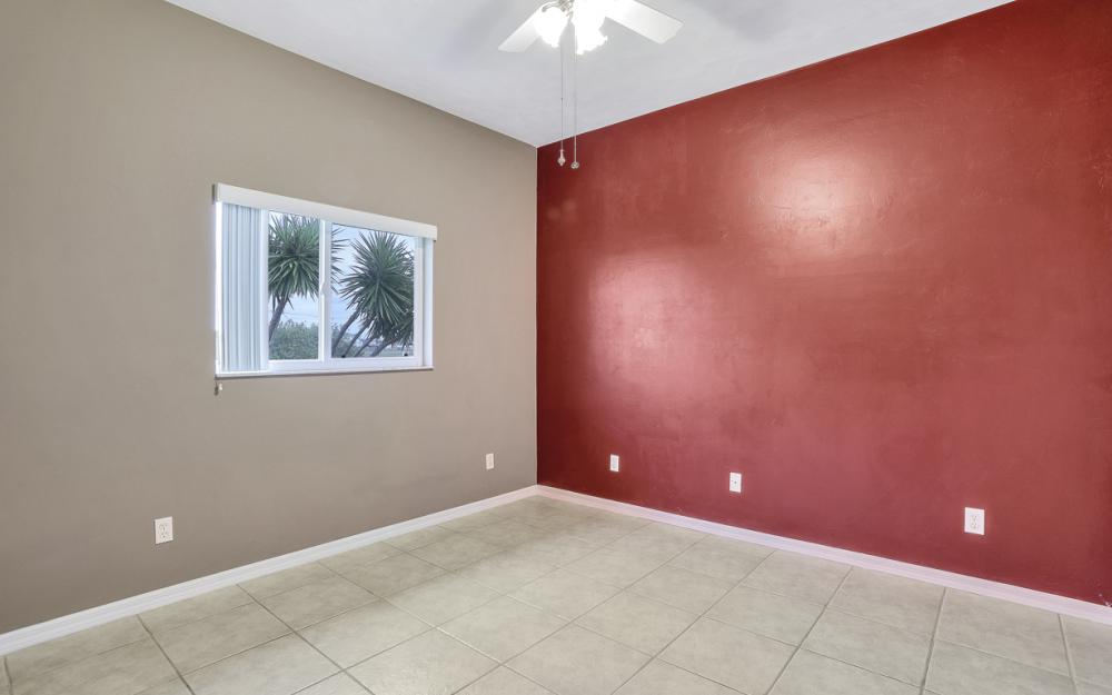 527 NW 35th Pl, Cape Coral - Home For Sale 887434961