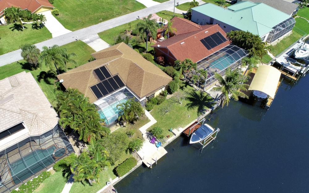 1510 SW 52nd Ln, Cape Coral - Home For Sale 485104876