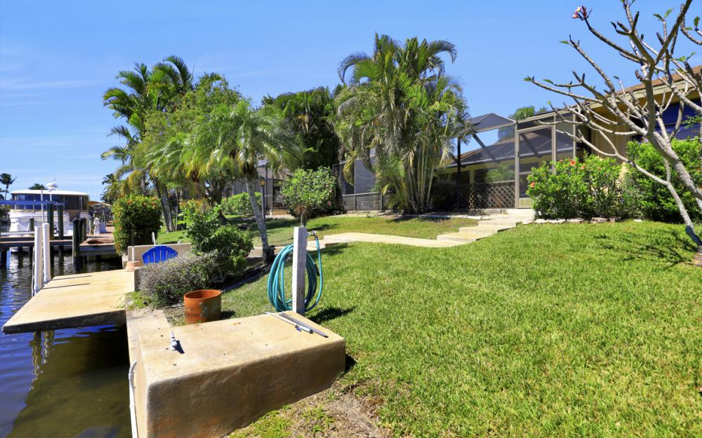 1510 SW 52nd Ln, Cape Coral - Home For Sale 578674096