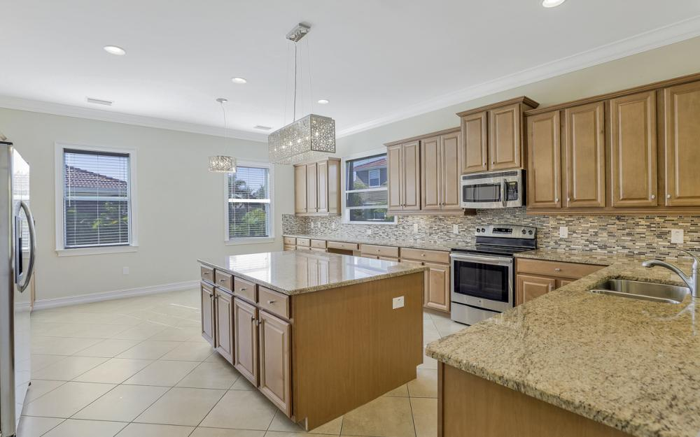17010 Banyan Vine Ct, Fort Myers - Home For Sale 1402276704