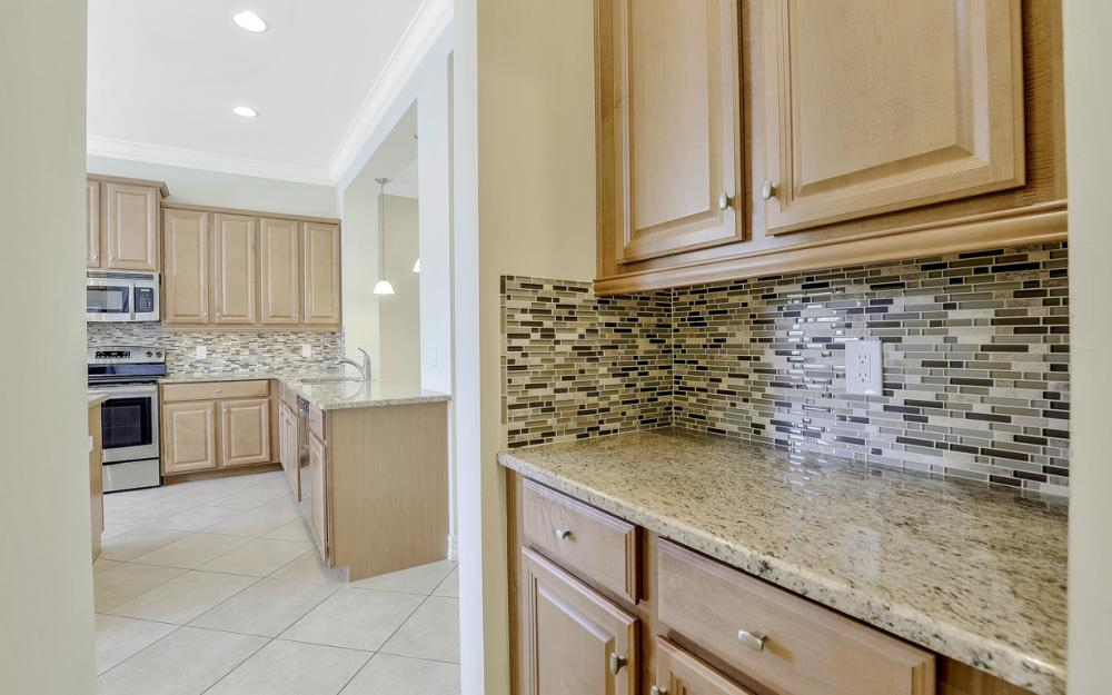 17010 Banyan Vine Ct, Fort Myers - Home For Sale 1864071512