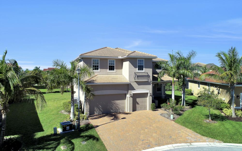 17010 Banyan Vine Ct, Fort Myers - Home For Sale 1774782099