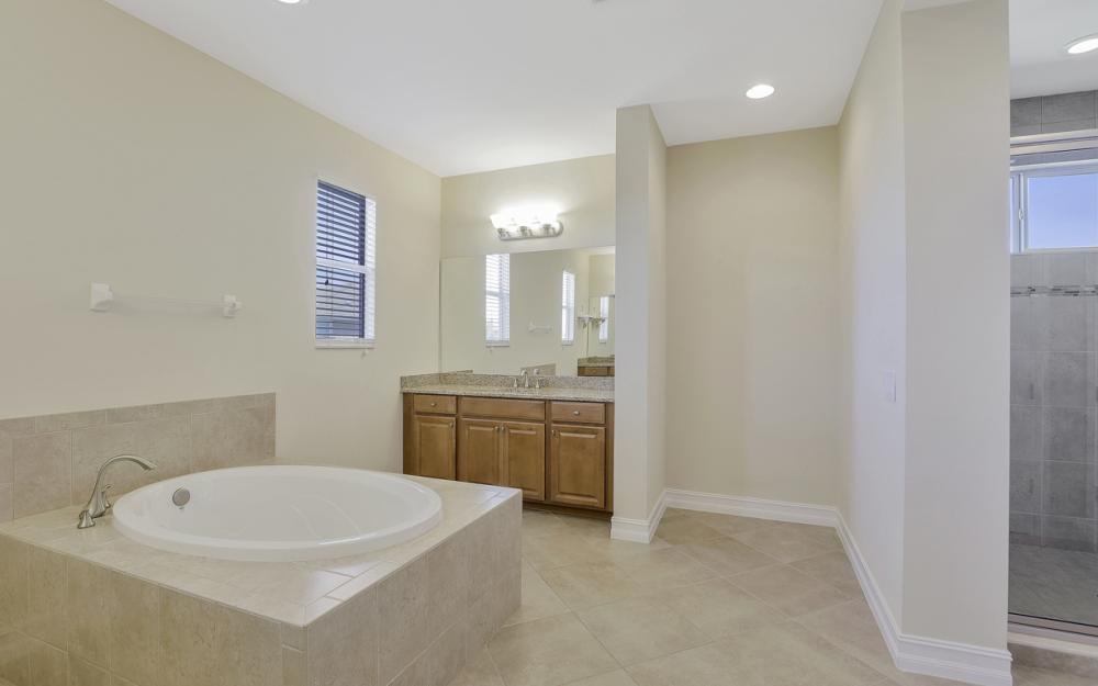 17010 Banyan Vine Ct, Fort Myers - Home For Sale 1656813046