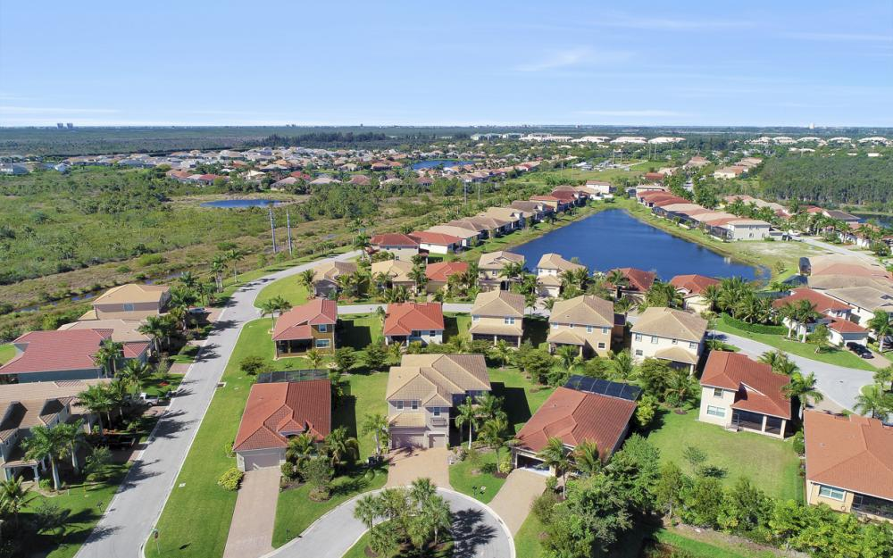 17010 Banyan Vine Ct, Fort Myers - Home For Sale 945543162