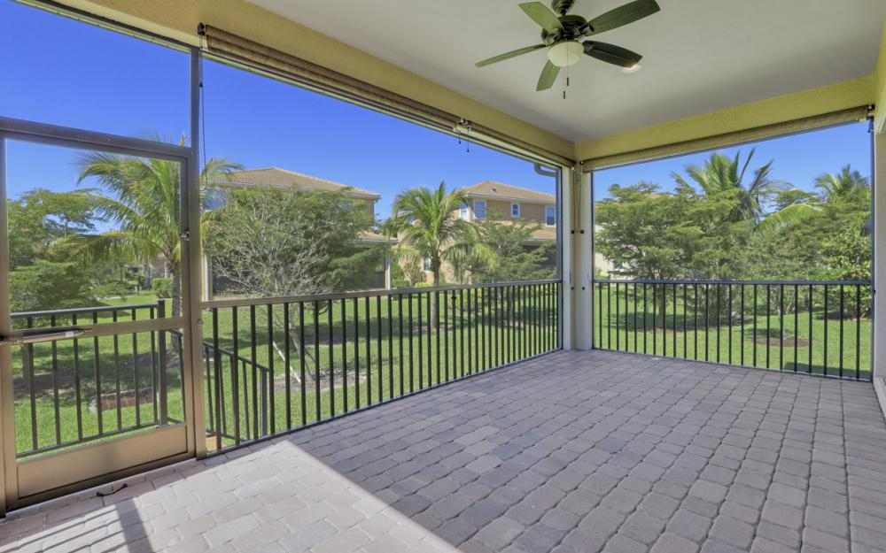17010 Banyan Vine Ct, Fort Myers - Home For Sale 48067257