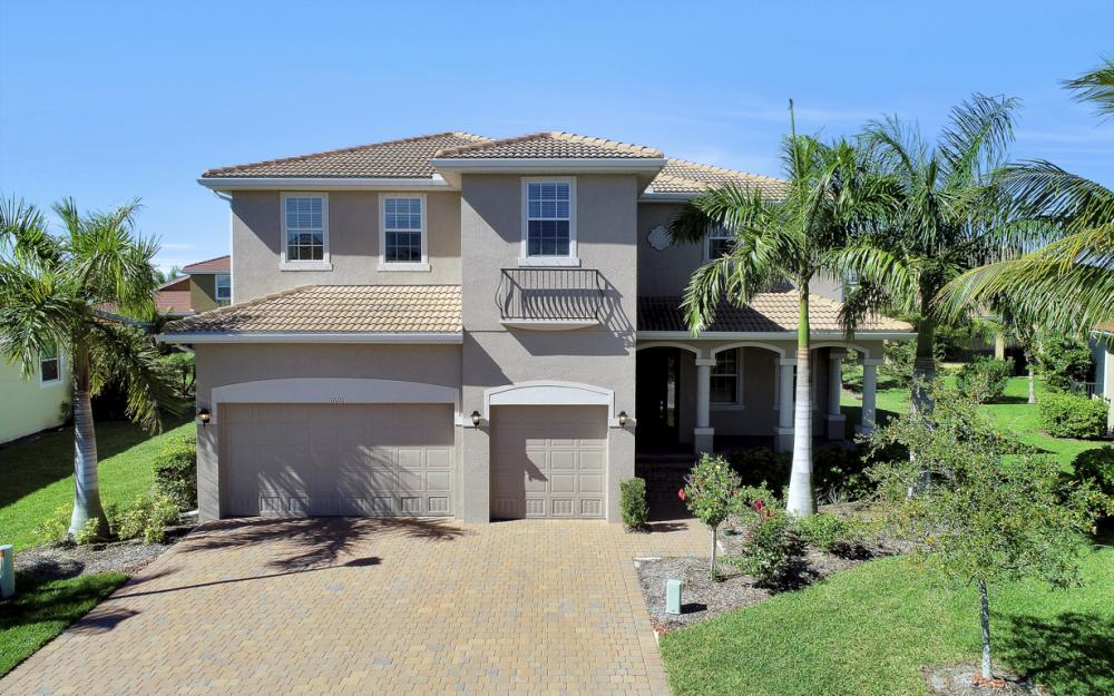 17010 Banyan Vine Ct, Fort Myers - Home For Sale 173502439