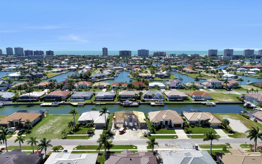 330 Marquesas Ct, Marco Island - Home For Sale 517955490