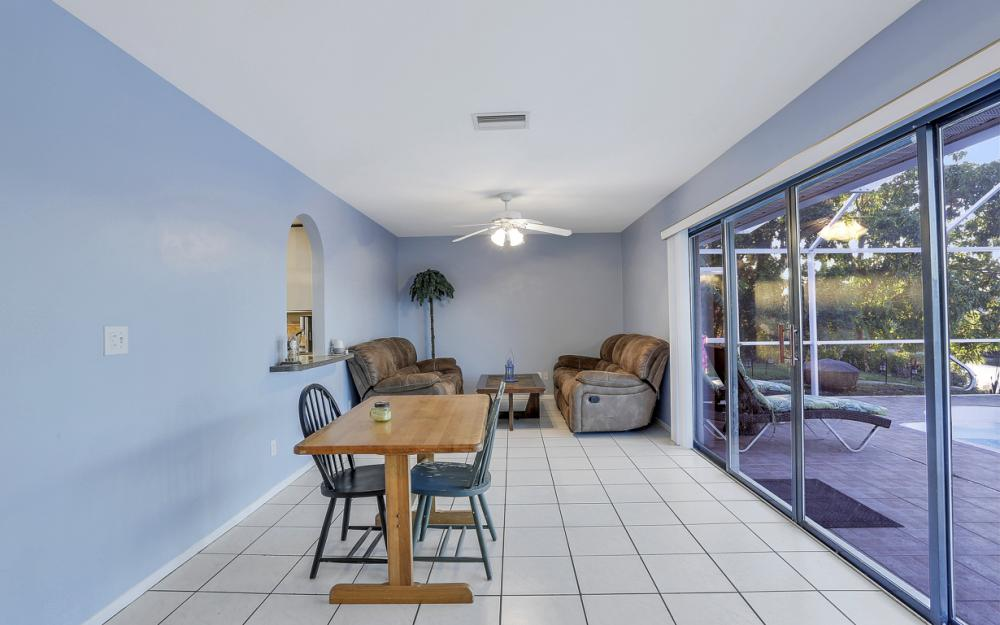 250 SW 39th Ter, Cape Coral - Home For Sale 783445437
