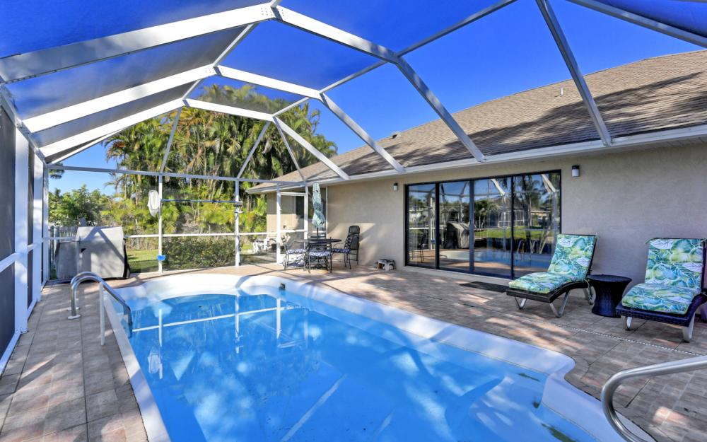 250 SW 39th Ter, Cape Coral - Home For Sale 611300494