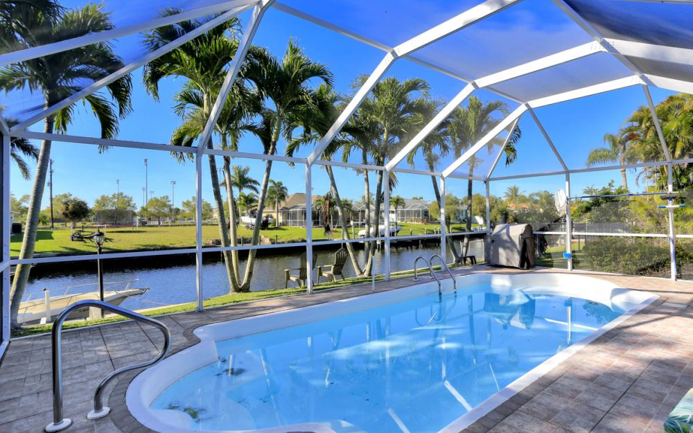 250 SW 39th Ter, Cape Coral - Home For Sale 777330490