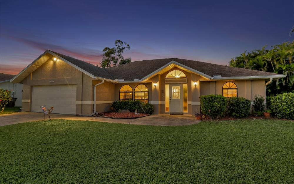 250 SW 39th Ter, Cape Coral - Home For Sale 354582422