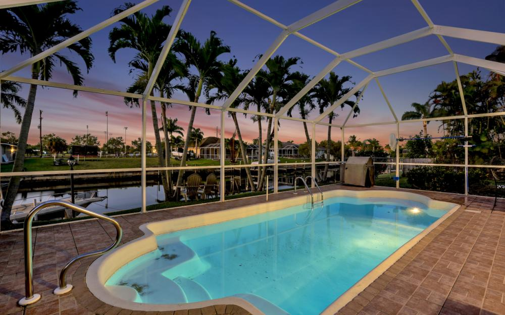 250 SW 39th Ter, Cape Coral - Home For Sale 1145625604