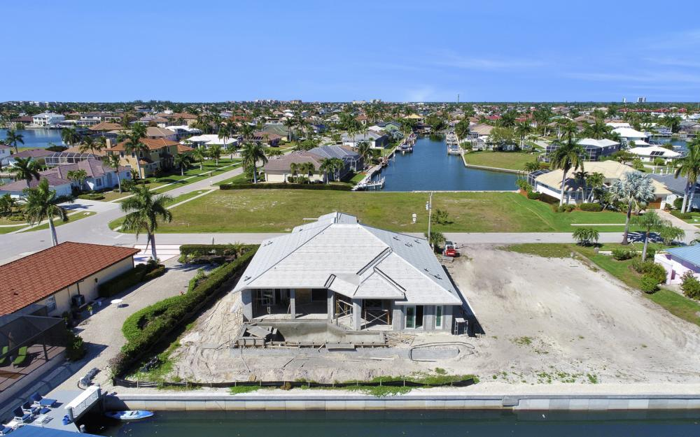1065 Dill Ct, Marco Island - Home For Sale 121889352