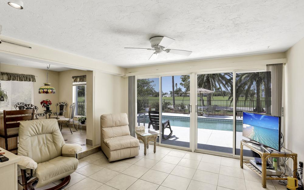 284 Shadowridge Ct, Marco Island - Home For Sale 1515180160