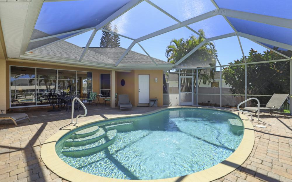 4546 SW 5th Ave, Cape Coral - Home For Sale 2014066831