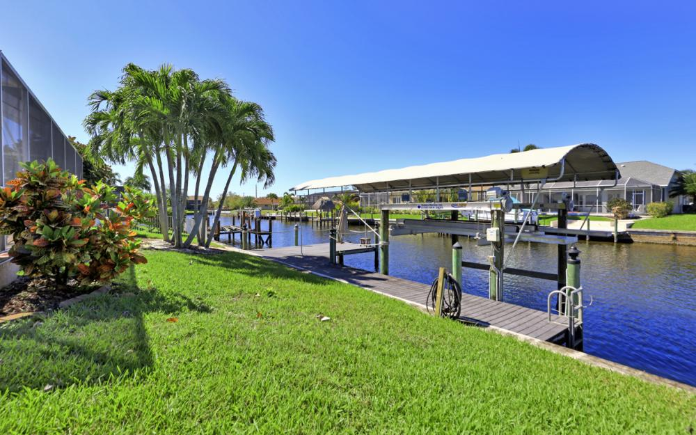 4546 SW 5th Ave, Cape Coral - Home For Sale 1808693317