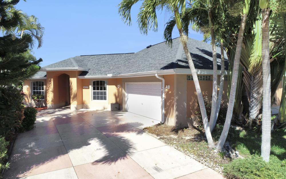 4546 SW 5th Ave, Cape Coral - Home For Sale 854447889