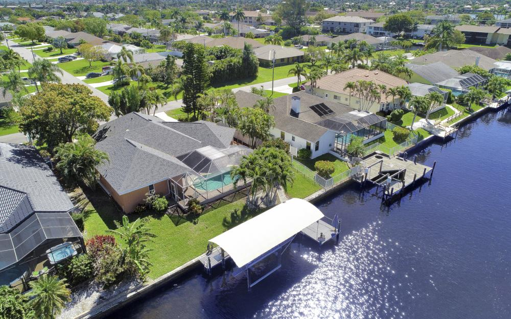 4546 SW 5th Ave, Cape Coral - Home For Sale 1263330936