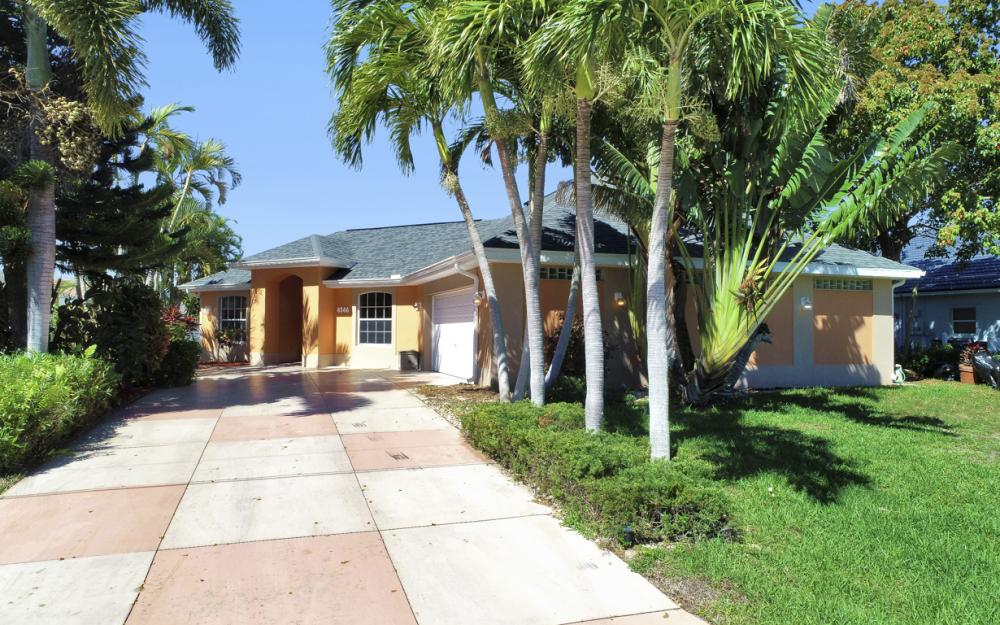 4546 SW 5th Ave, Cape Coral - Home For Sale 1614229285