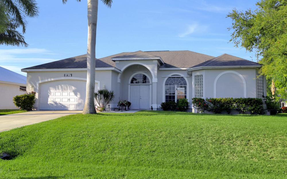 1807 SW 47th St, Cape Coral - Home For Sale 258360022