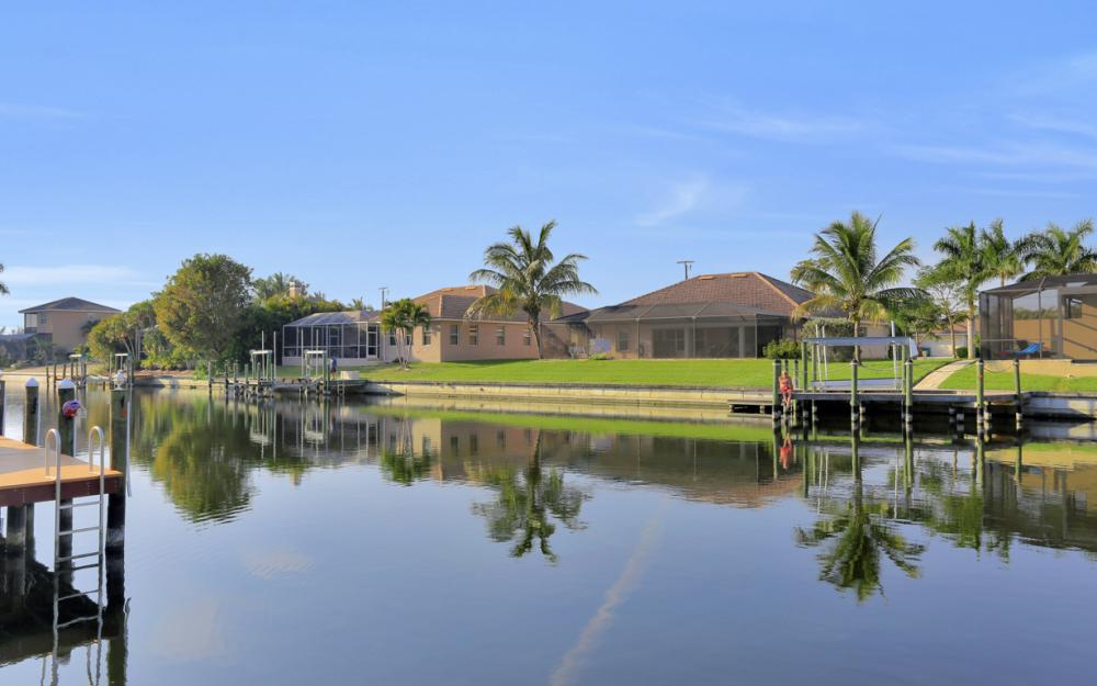 1807 SW 47th St, Cape Coral - Home For Sale 1318687