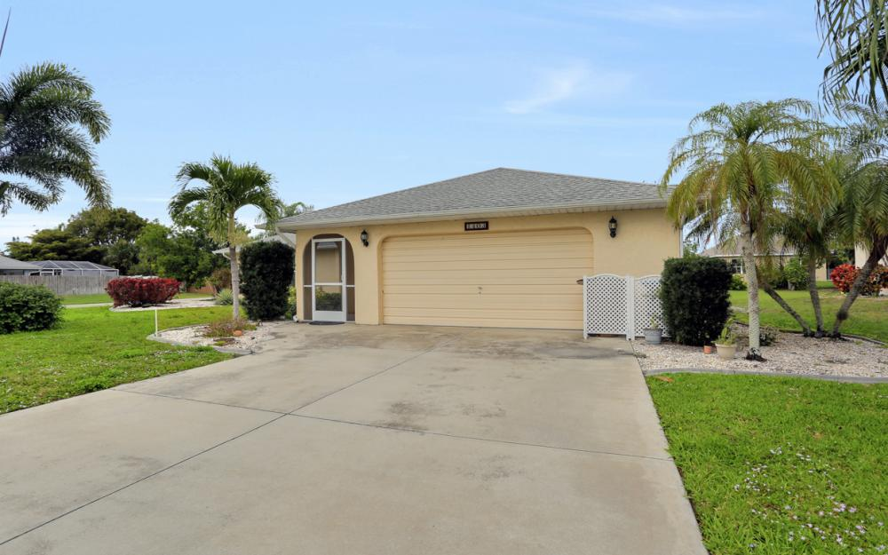 1403 SE 19th St, Cape Coral - Home For Sale 2118030077
