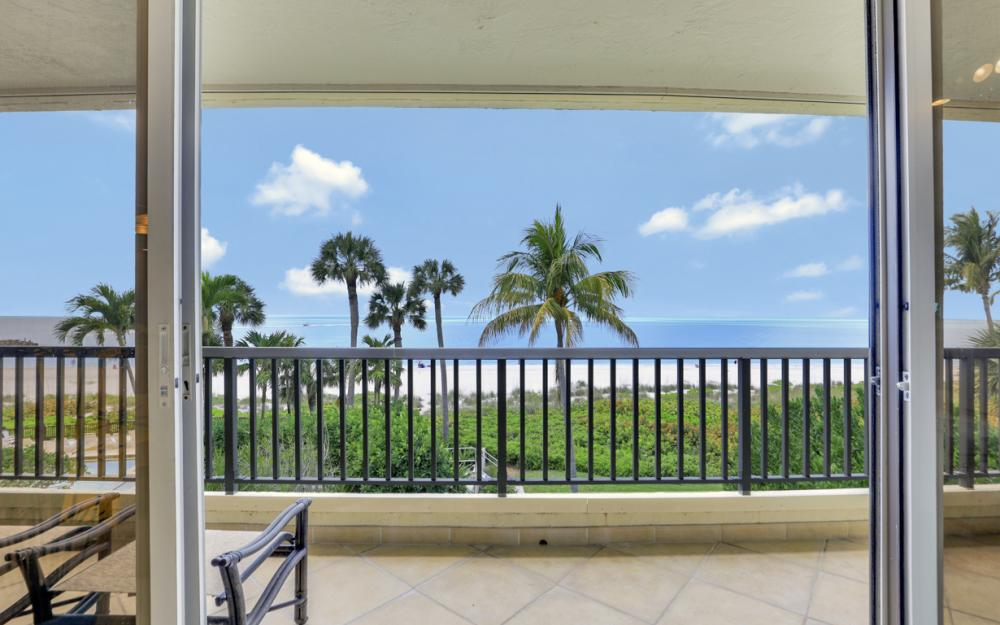 2390 Gulf Shore Blvd N #301, Naples - Condo For Sale 372889001
