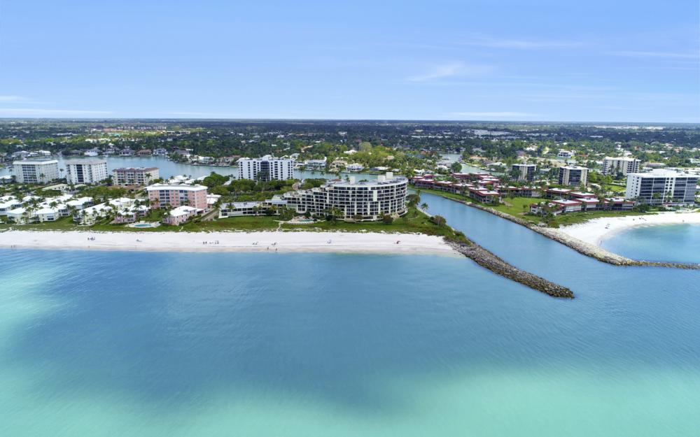 2390 Gulf Shore Blvd N #301, Naples - Condo For Sale 490679985