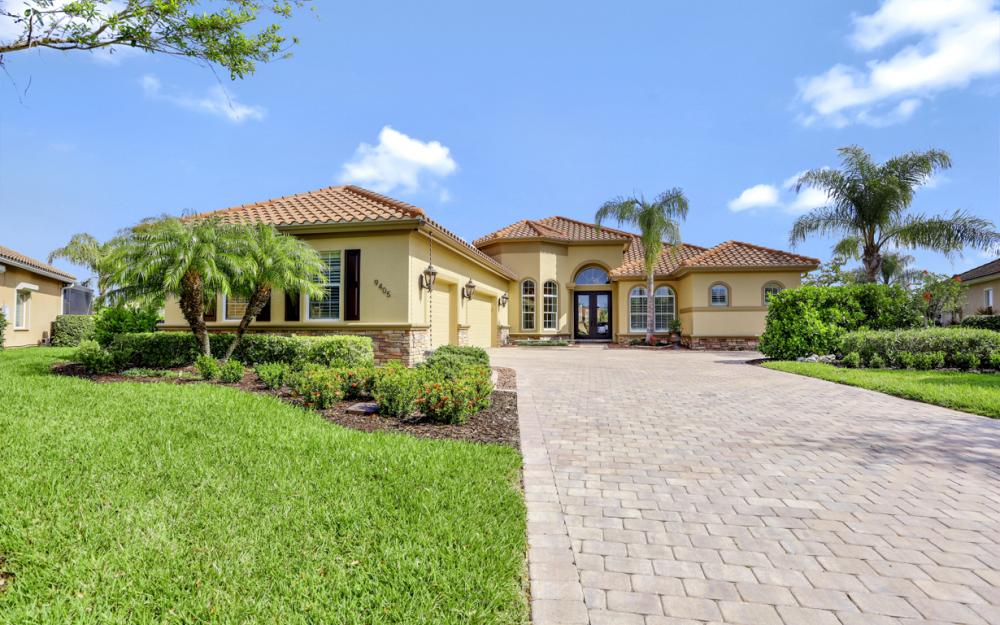 9405 Copper Canyon Ct, Naples - Home For Sale 400023597