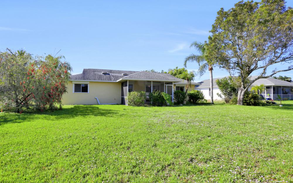 925 SW 29th St, Cape Coral - Home For Sale 799097554