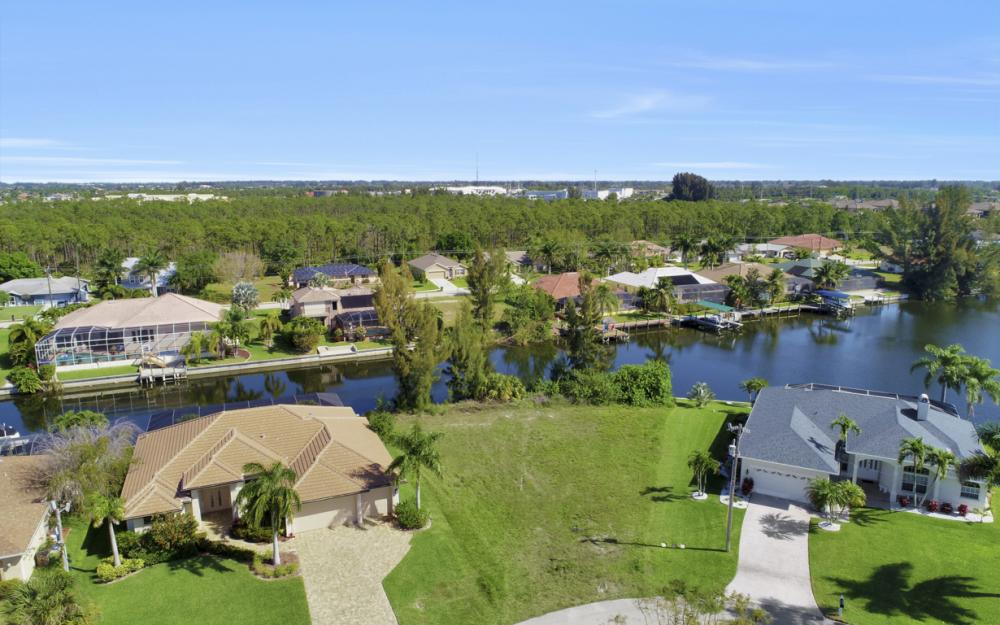 2301 SW 39th St Cape Coral - Lot For Sale 434839693