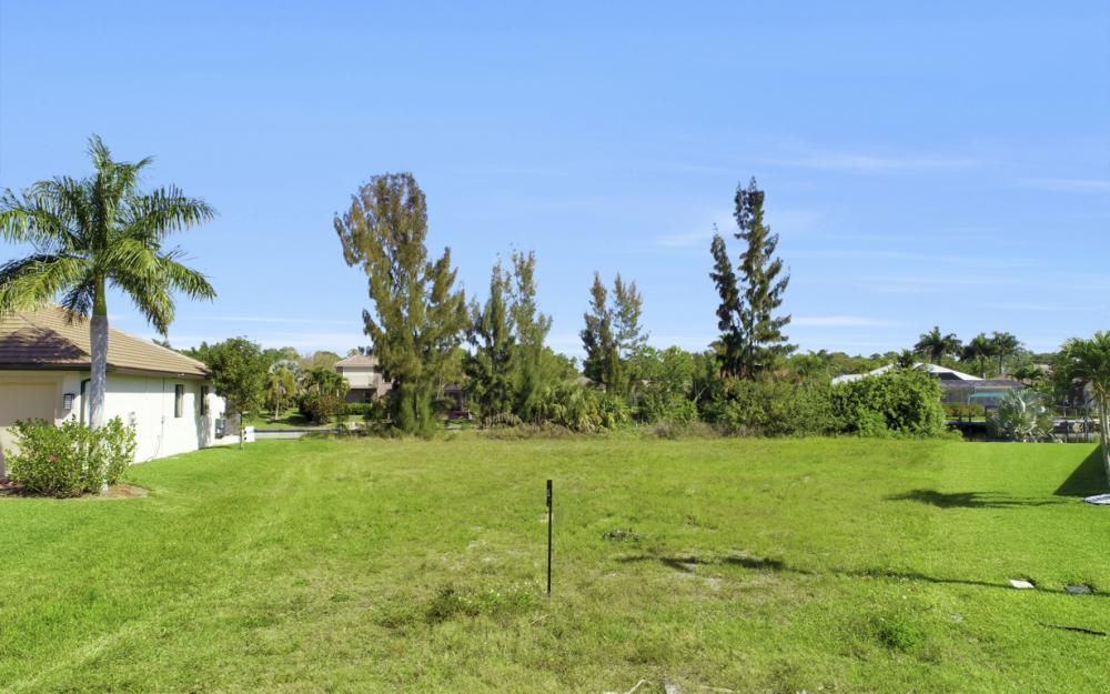 2301 SW 39th St Cape Coral - Lot For Sale 1445111968