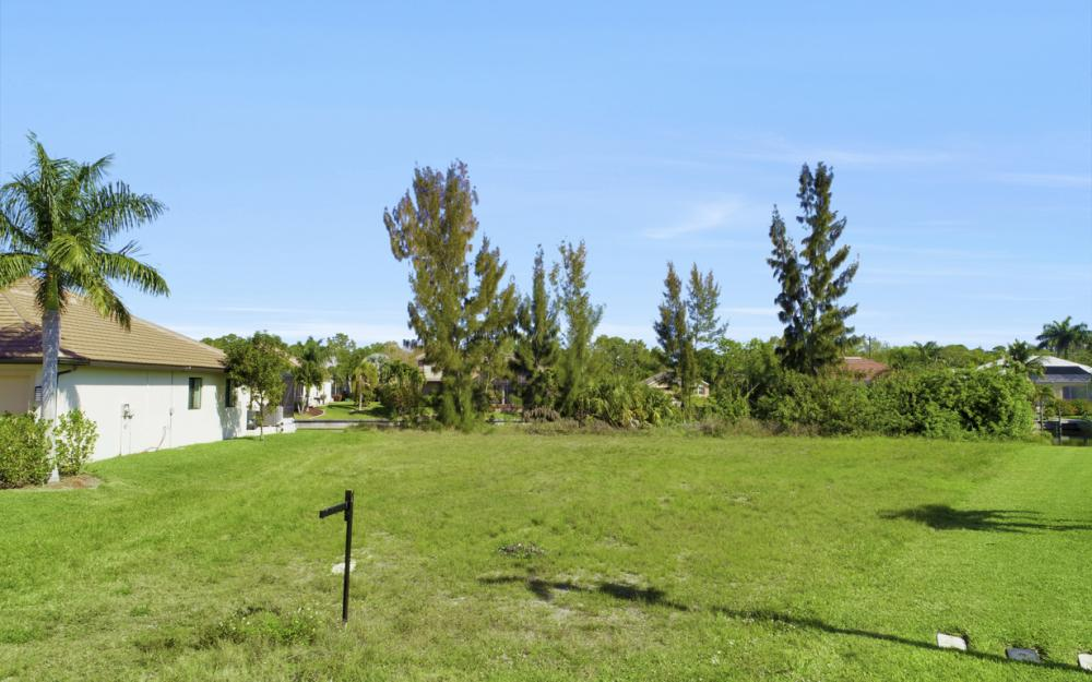 2301 SW 39th St Cape Coral - Lot For Sale 1113408330