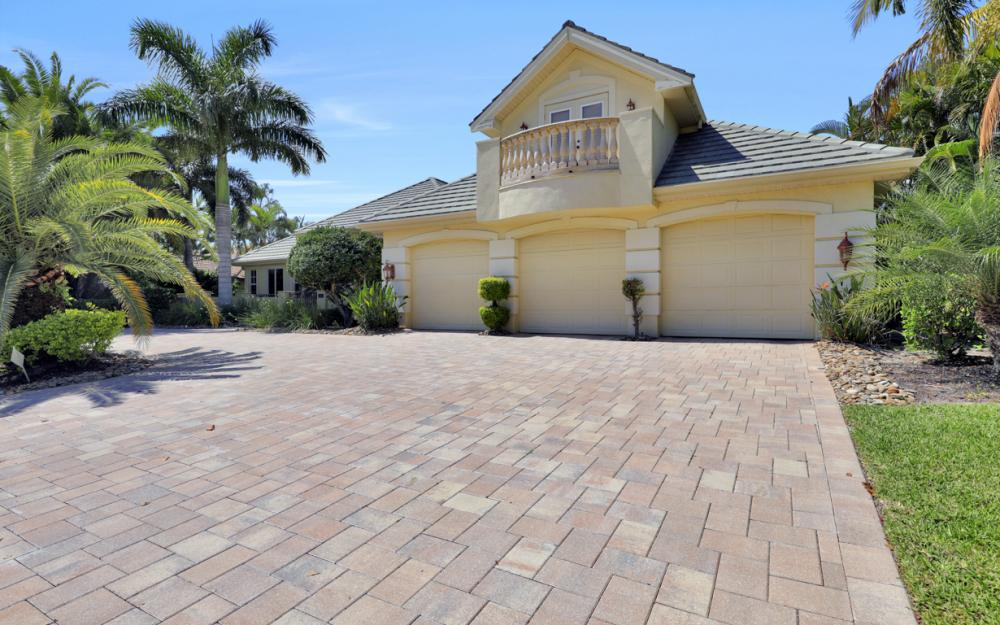 4822 Agualinda Blvd, Cape Coral - Home For Sale 758738391