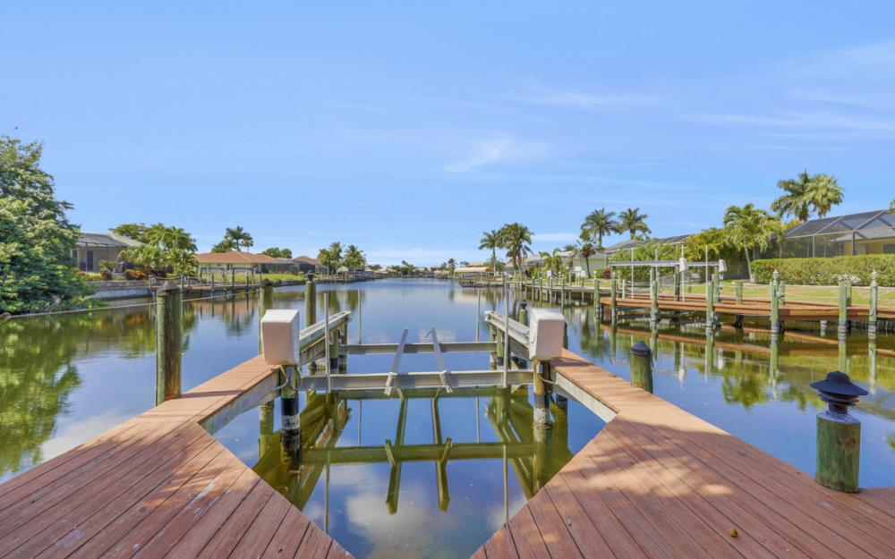 4822 Agualinda Blvd, Cape Coral - Home For Sale 708495416